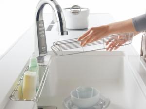 台所シンクの頑固な水垢や汚れは簡単に落とせる?