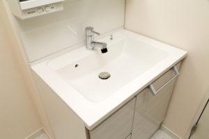 洗面所つまりの原因と解消方法を徹底解説