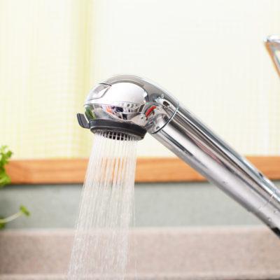 水道水が臭いのはなぜ?原因やリスクについて解説